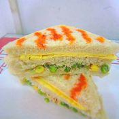 金槍魚沙拉蛋三明治