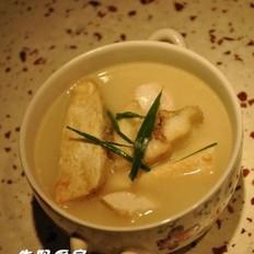 鱼骨豆腐汤