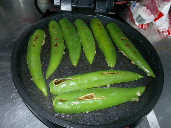 煎酿尖椒怎么炖