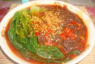 麻辣油菜蕨根粉的做法