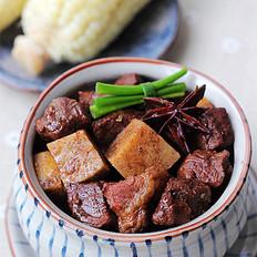 荔浦芋烧牛肉