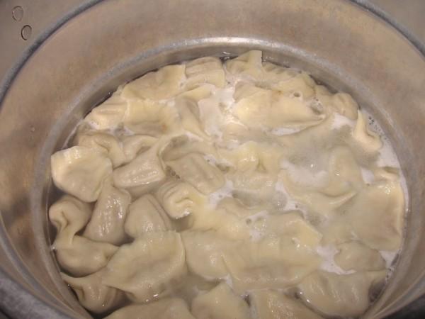 金瓜猪肉饺子的做法【步骤图】_菜谱_美食杰