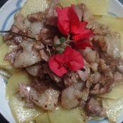 土豆炒五花肉