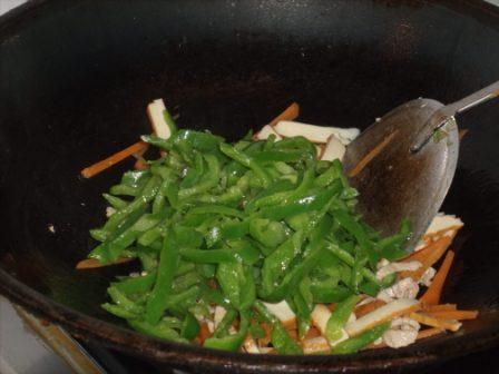 青椒豆干炒肉丝怎么煮