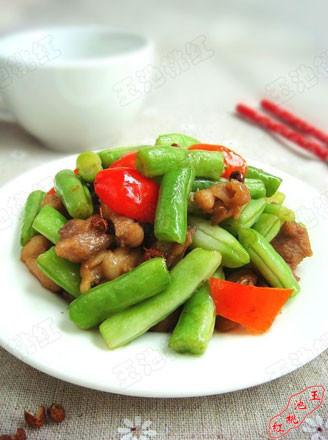 椒香豆角鸡丁的做法