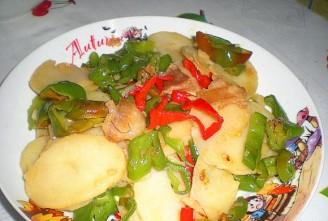 辣椒土豆片的做法