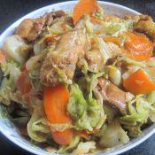 干锅鸡块包菜