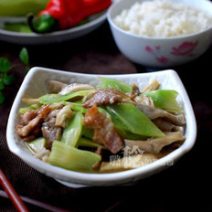 蘑菇青笋炒肉