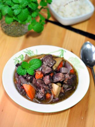 紅酒燉牛肉的做法