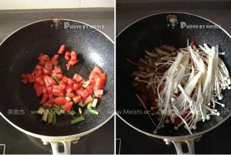 蘑菇炒菜的步骤已绘画