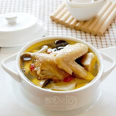 山药蘑菇煨土鸡汤