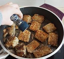 黑胡椒干煎带鱼怎么吃
