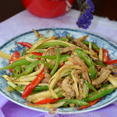 双椒茭白炒肉丝