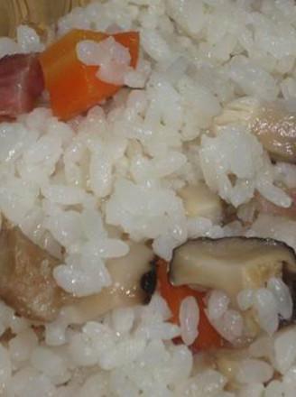 腊肉香菇米饭的做法
