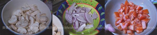 番茄蘑菇烧鱼块的做法大全
