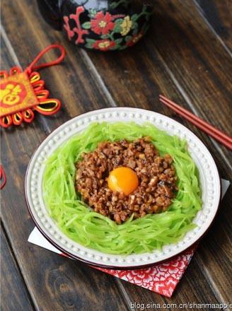 杂酱莴笋丝的做法