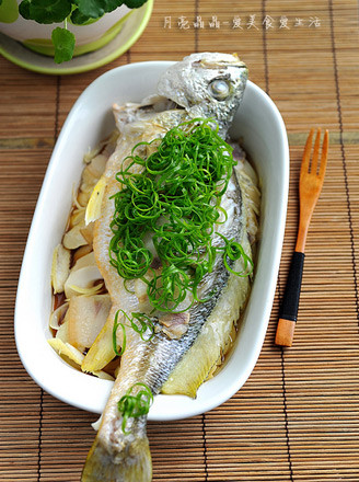 春筍咸肉鮮蒸黃魚的做法