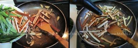韭菜香干炒肉丝的家常做法