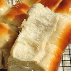 培根牛奶面包