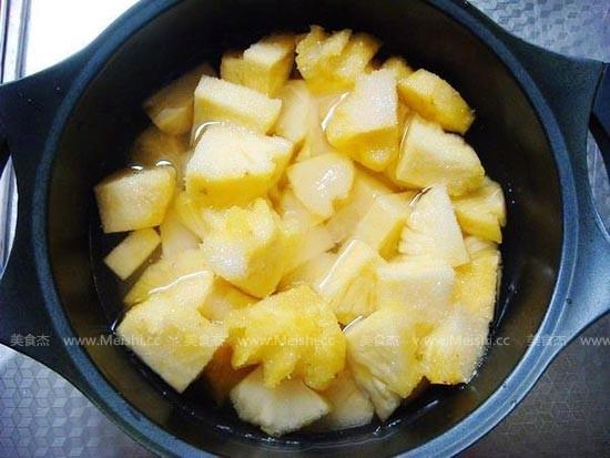 自制菠萝罐头的家常做法