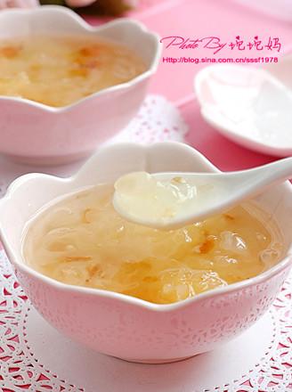 桃膠皂角米燉銀耳的做法