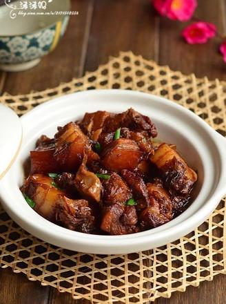 梅菜芋香紅燒肉的做法