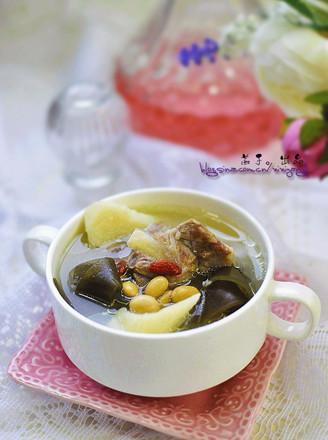 海带山药排骨汤的做法