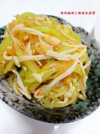 莴笋拌辣白菜的做法