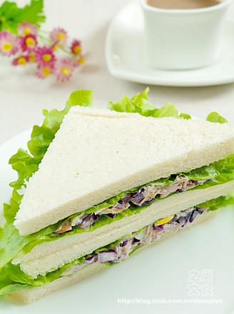 金槍魚煎蛋三明治的做法