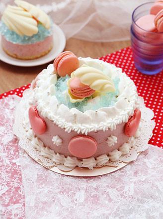 乳酪夹心草莓慕斯蛋糕的做法