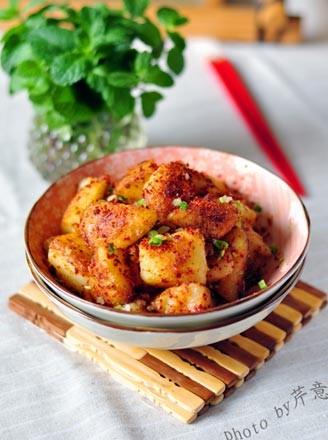 香辣鍋巴土豆的做法