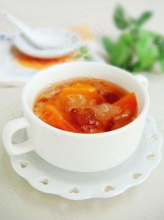 桃膠銀耳燉木瓜的做法
