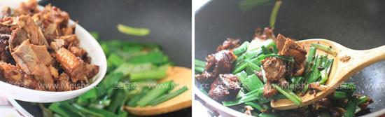 蒜苗炒鸭肉的简单做法
