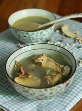 五指毛桃煲鸡汤的做法
