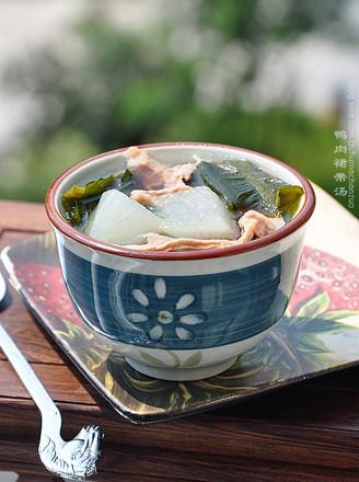 鸭肉裙带冬瓜汤的做法