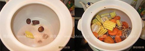茶树菇龙骨煲玉米汤的家常做法