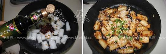 拌饭酱炒猪肠粉的家常做法