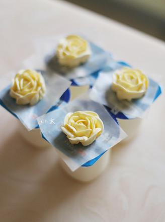 意式蛋白奶油霜的做法