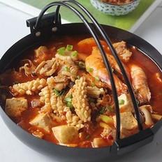 泡菜海鲜豆腐锅