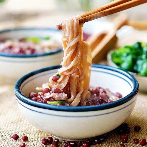 红豆汤面条