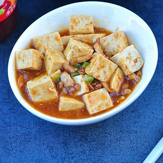 肉丁烩豆腐