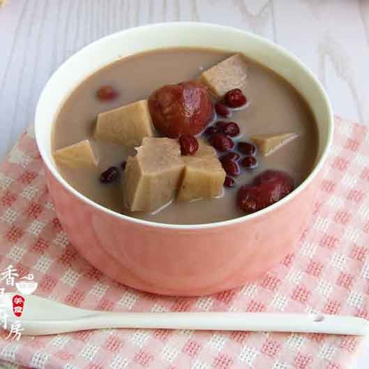 奶香红豆荔枝甜汤