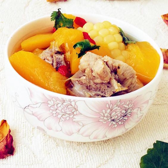 补 南瓜玉米排骨汤