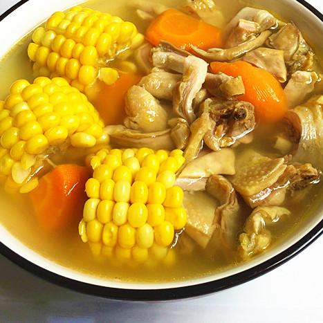 滋补 玉米猪肚鸡汤
