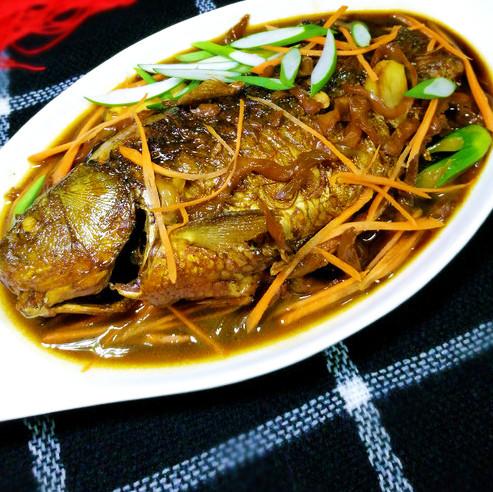 开胃|榨菜鲫鱼