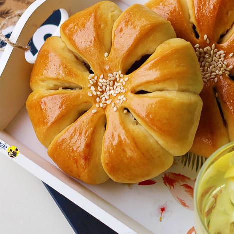 香甜|蔓越莓豆沙面包