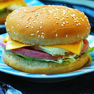 雞蛋火腿漢堡