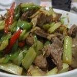 芹菜炒豬肝