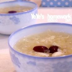 百合银耳甜汤