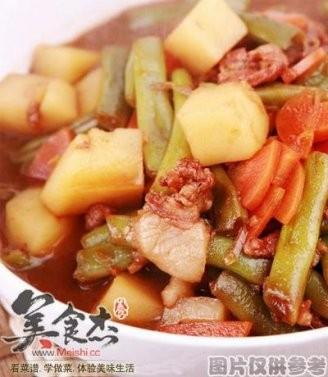 胡蘿卜燉羊肉的做法